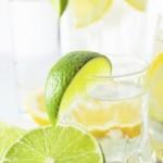 Limun-u-mineralnoj-vodi-590x381