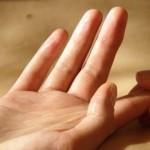 DSC_4534rresized-finger-m