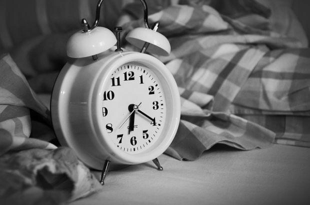 spavanje-sat-pixabay