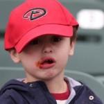 dijete-jede-hot-dog-naslovna