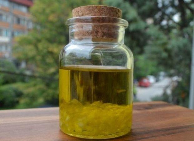 ulje-cesnjaka-glavna