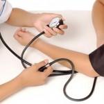 mjerenje-tlaka-kod-doktora