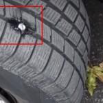 Pomoću-jednostavnog-trika-sami-popravite-probušenu-gumu-na-vašem-automobilu