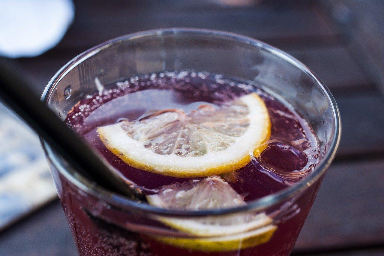 drink-3339799_1280