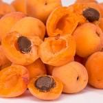 apricots-2994801_1280